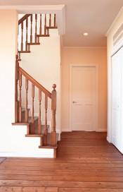Choosing Staircase Railing